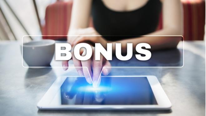 Bonus per acquisto pc/tablet e internet veloce: domande al via dal 9 novembre